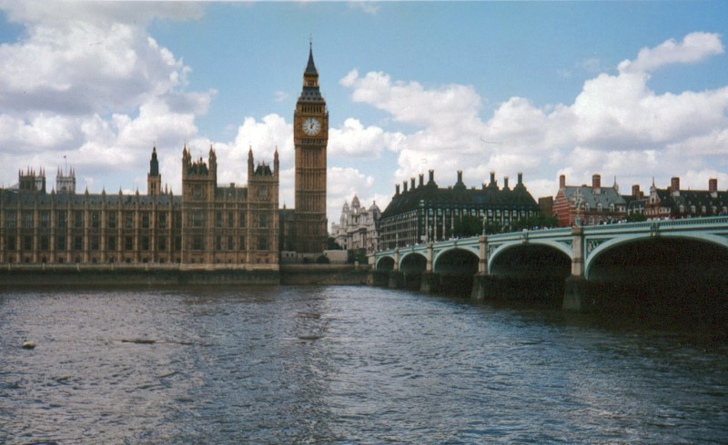 sonnet composed upon westminster bridge summary